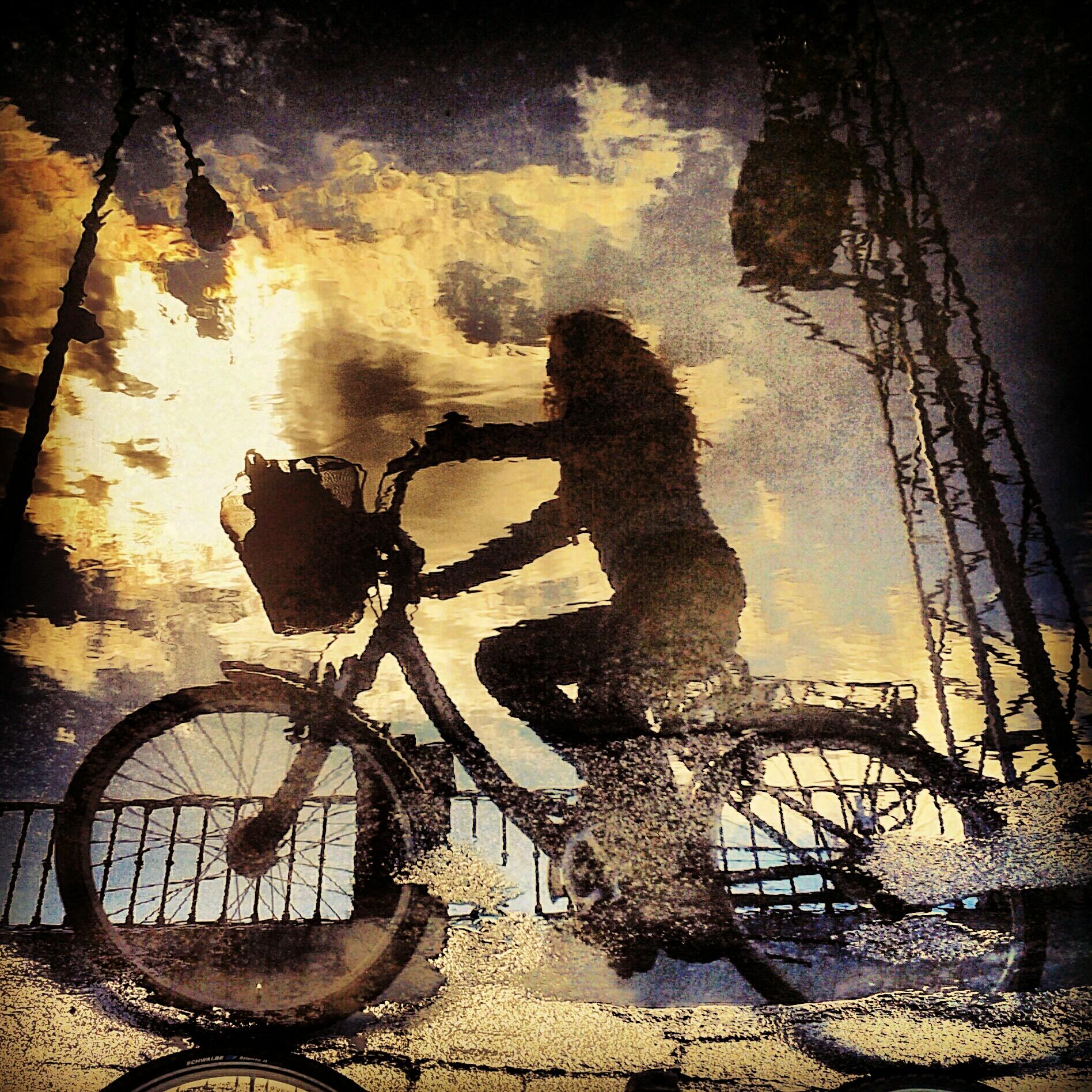 JAVIER LINARES(La bici, el espejo del alma)